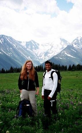 Cecilia & Grad student at research site - photo annika_klopp