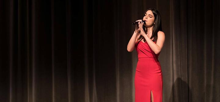 Elsy Makhlouf-singing