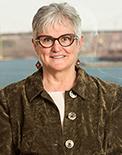 Gayle MacDonald 122x155