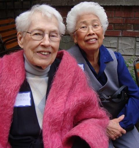 Shirley and Ruth Hammond